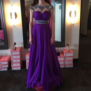 Majestic Purple Prom Gown